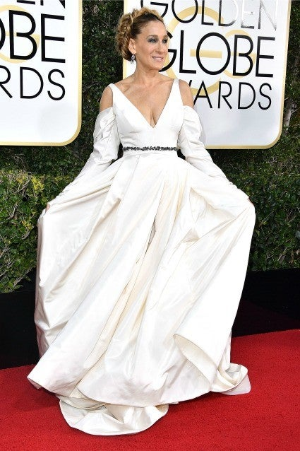 Sarah Jessica Parker Wears Wedding Gown To Golden Globes Says
