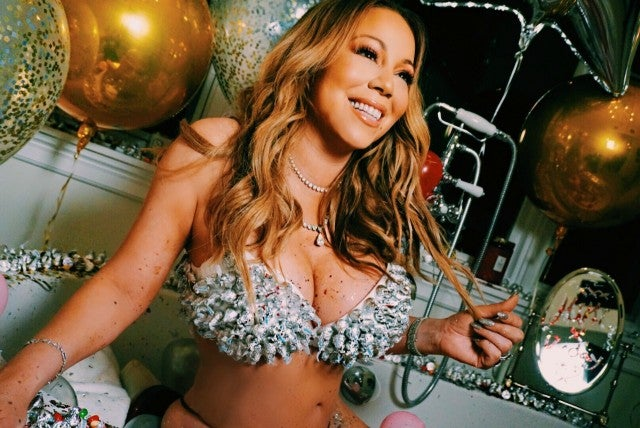 Mariah Carey Relaxes In Bathtub Poses In Candy Bra For