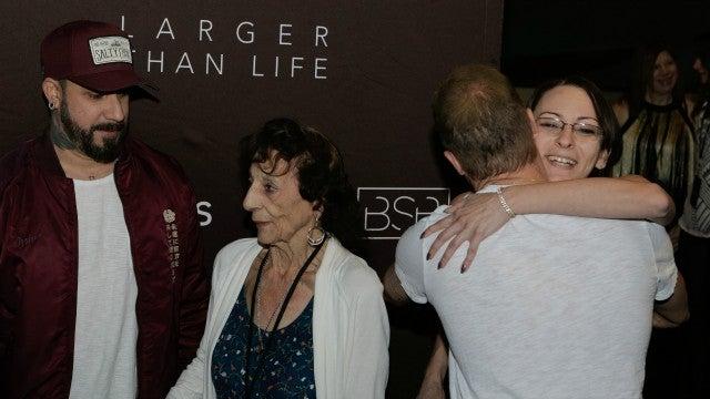 Exclusive see a 96 year old backstreet boys fangirl meet her idols justin segura m4hsunfo