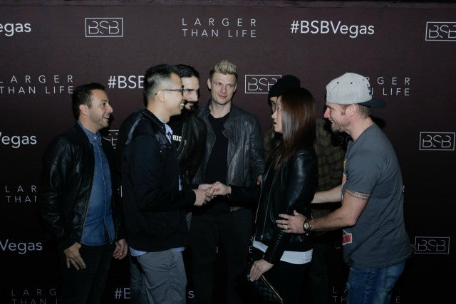 Exclusive watch the backstreet boys help a fan propose to his justin segura m4hsunfo
