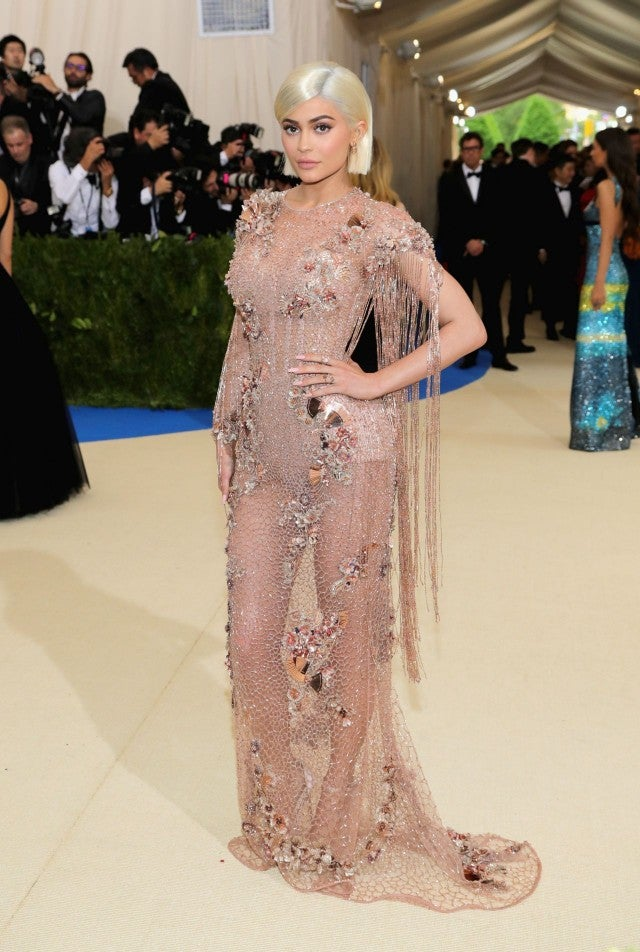 Kylie Jenner Rocks Short Blonde Bob Rose Gold Dress At