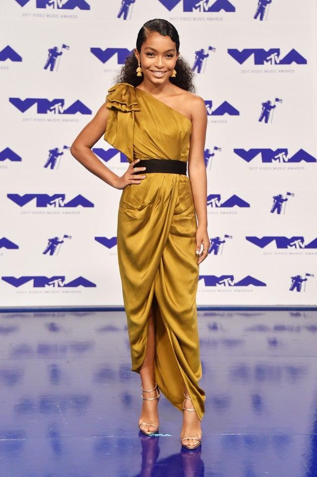 Yara Shahidi at 2017 VMAs