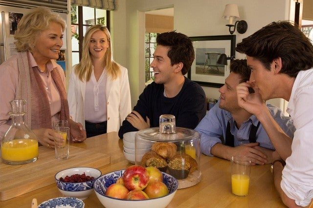 Reese Witherspoon, Nat Wolff in 'Home Again'