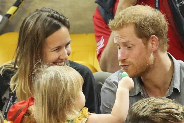 Prince Harry with toddler invictus games 2017