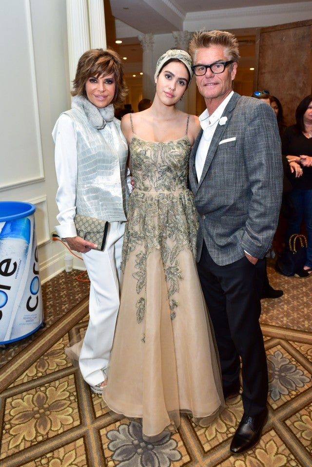 Lisa Rinna with daughter Amelia and husband Harry NYFW