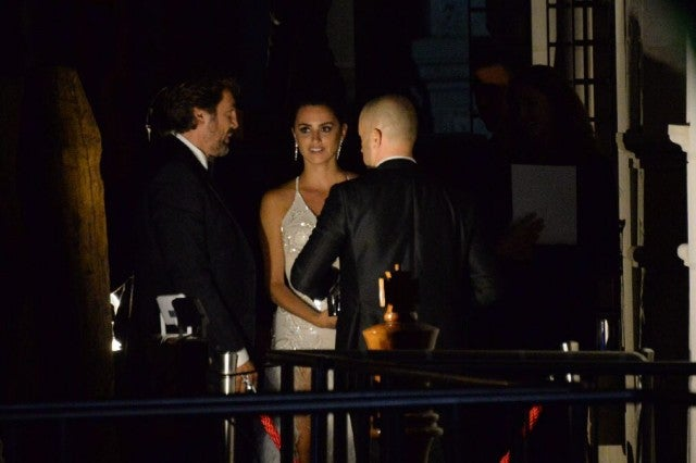 Javier Bardem and Penelope Cruz Arriving to dinner at Palazzina in Venice