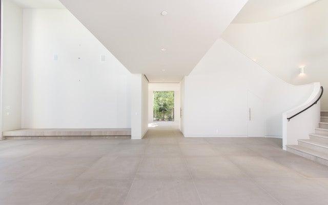 Inside Kim And Kanye S Multimillion Dollar Mansion Sale