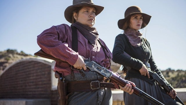 Michelle Dockery Leads Netflix's Female Western 'Godless