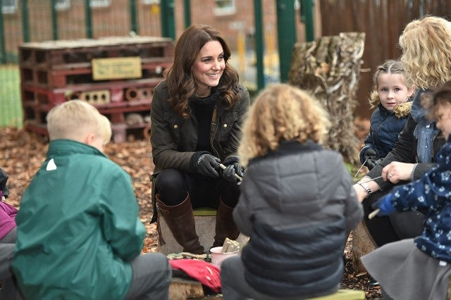 Kate Middleton with kids