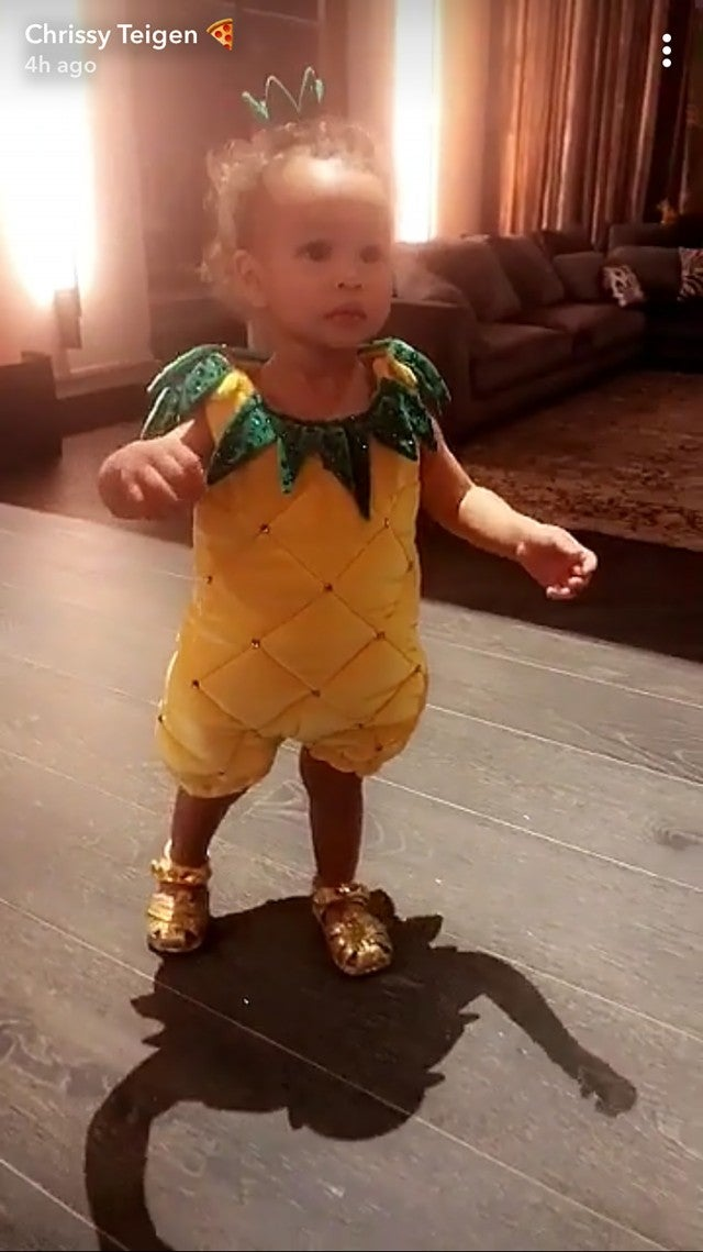 Luna dresses as a pineapple