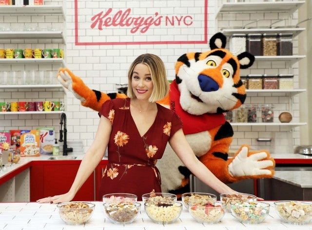 Lauren Conrad at Kelllog's event with Tony the Tiger