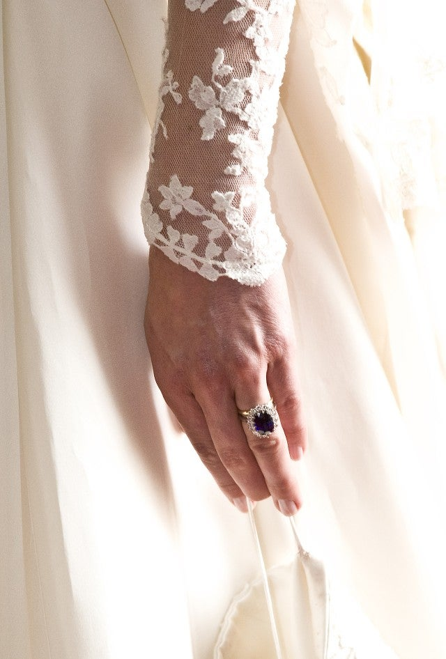 Kate Middleton's marriage ceremony ring