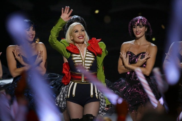 Gwen Stefani - Christmas special