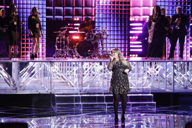 Kelly Clarkson on The Voice finale