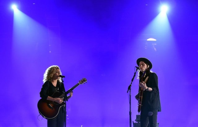 Tori Kelly, James Bay Grammys