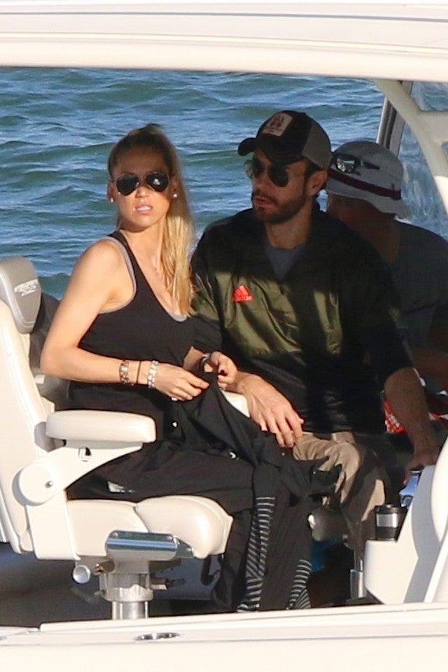 Anna Kournikova and Enrique Iglesias 01/21/18