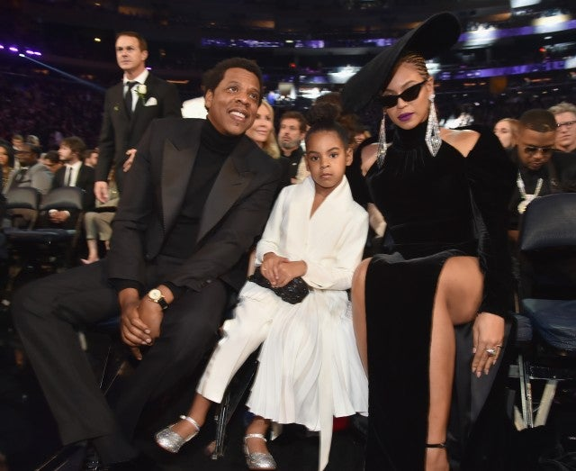 jayz beyonce and blue ivy enjoy family night at grammys