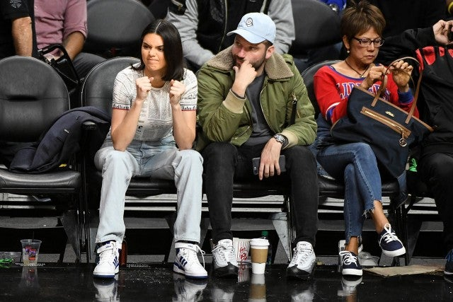 Kendall jenner cheers on blake griffin courtside at the la clippers kendall jenner m4hsunfo Gallery