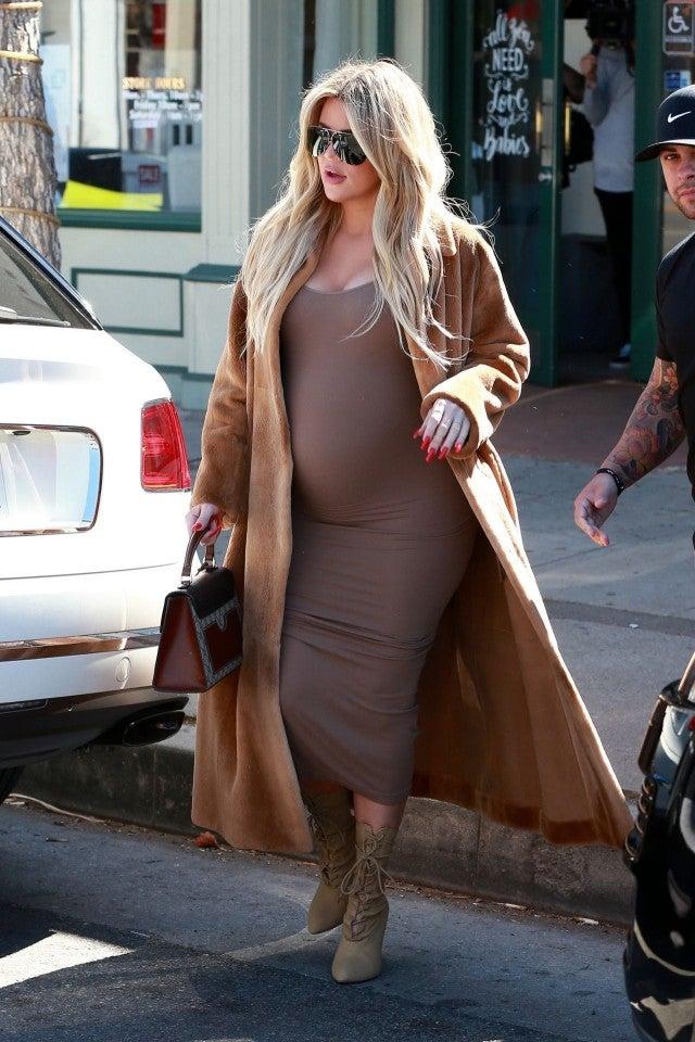 Pregnant Khloe Kardashian Puts Baby Bump On Display In