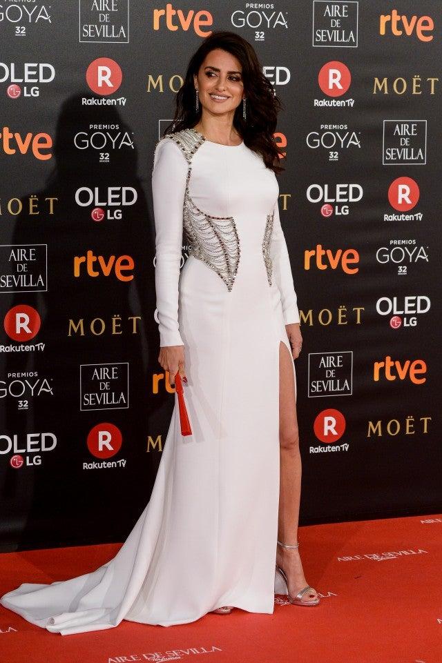 Penelope Cruz And Javier Bardem Go Glam In Spain