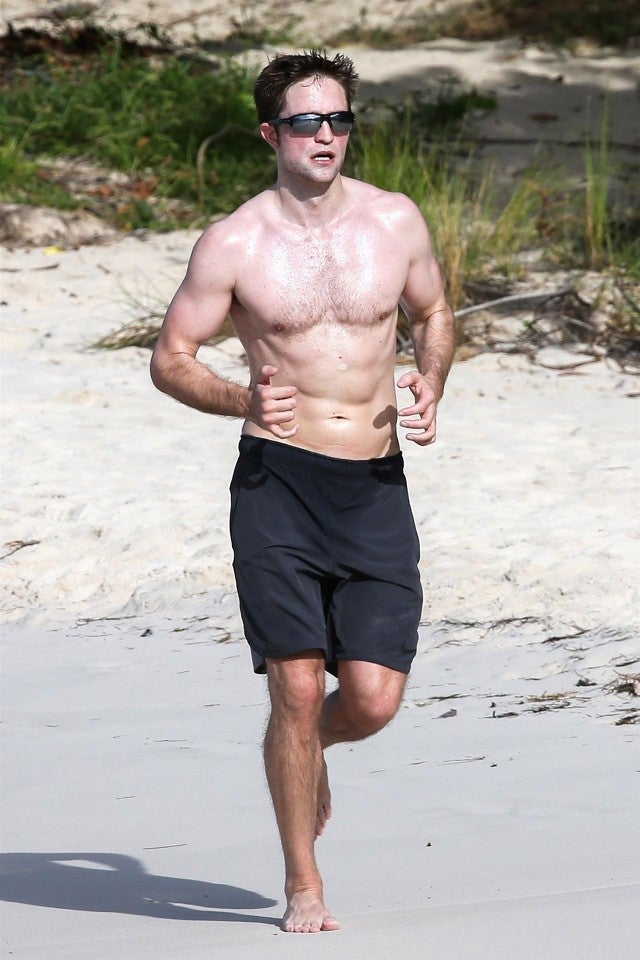 Robert Pattinson Shirtless And Jogging Barefoot On The