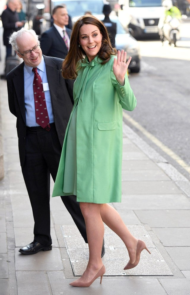 Kate Middleton Stuns in Fresh Mint Green at 8 Months Pregnant: Pics!