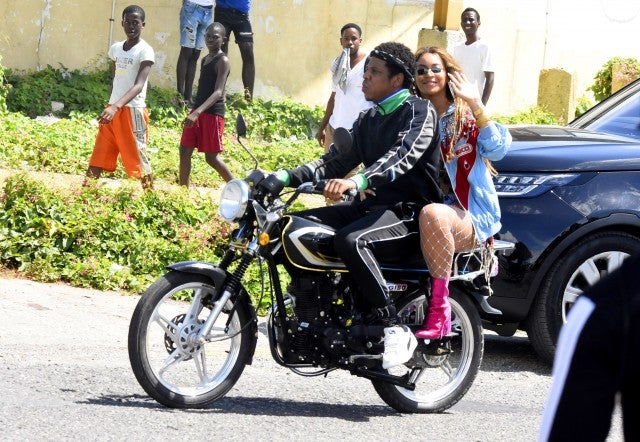 Beyoncé and JAY-Z on the run...in Jamaica?