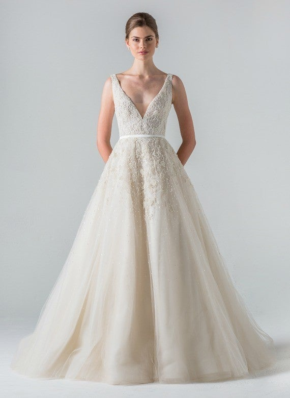 Meghan Markle\'s Royal Wedding Dress: Everything We Know So Far ...