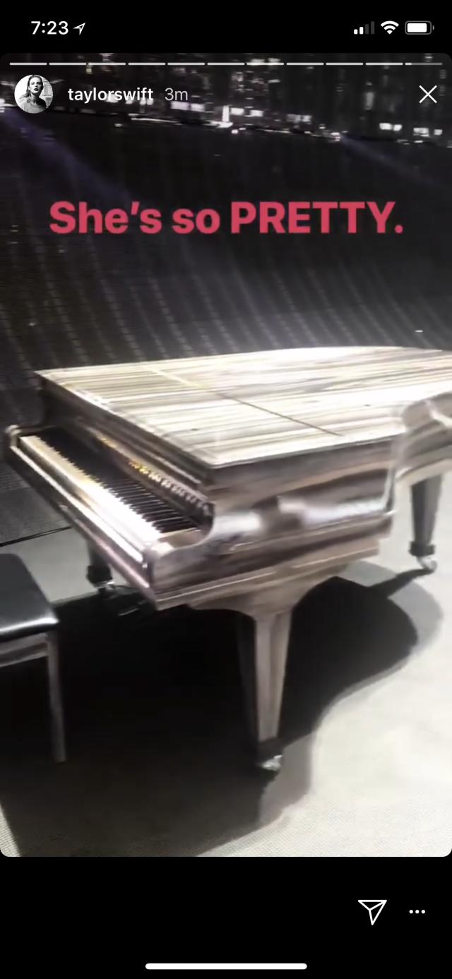 Taylor Swift's piano