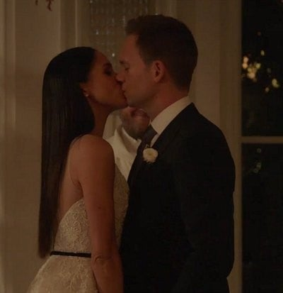 Rachel (Meghan Markle) and Mike (Patrick J. Adams) get married in 'Suits' season seven finale.