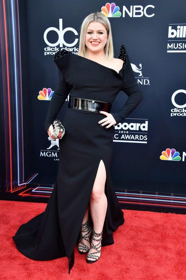 Kelly Clarkson at 2018 billboard music awards