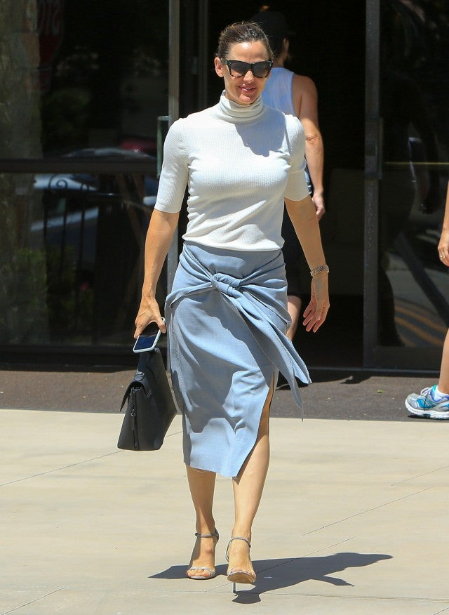 Jennifer Garner church outfit