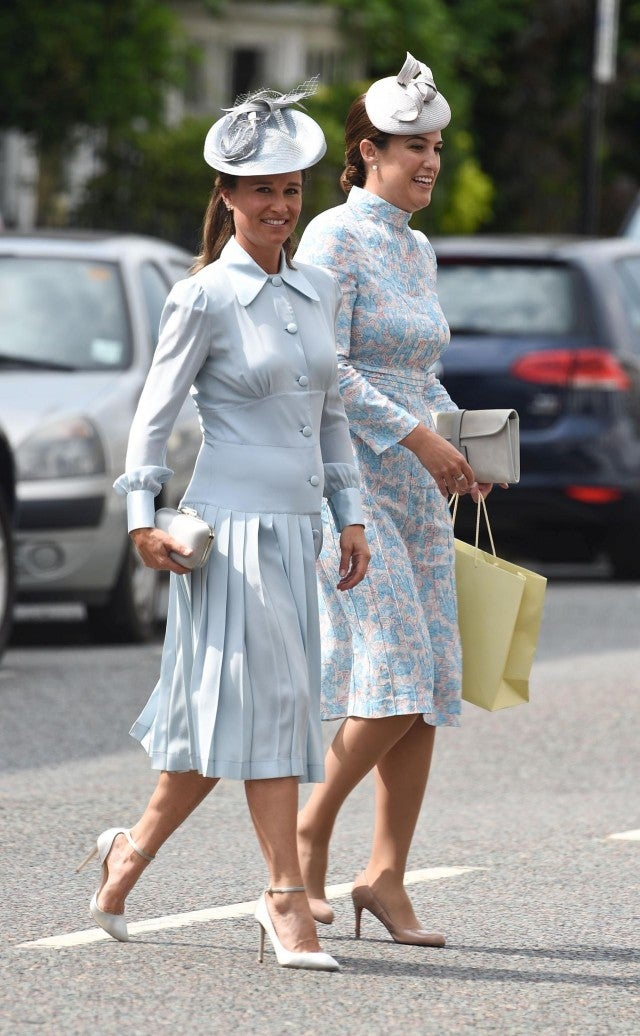Pregnant Pippa Middleton Shows Off Her Baby Bump In Pale