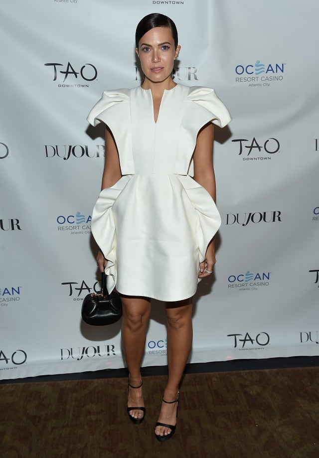Mandy Moore white dress