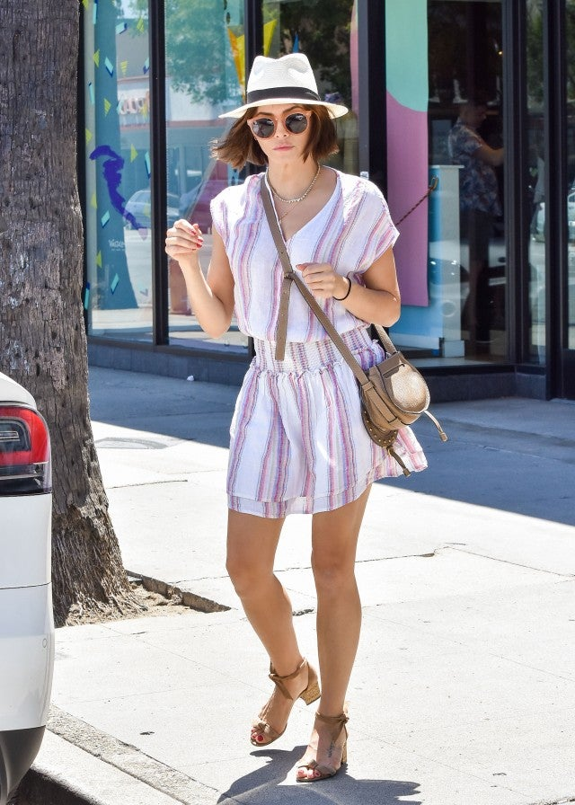 Jenna Dewan in Alexandre Birman sandals