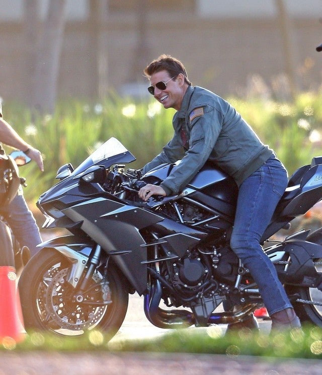 Tom Cruise Feels The Need For Speed On Set Of Top Gun
