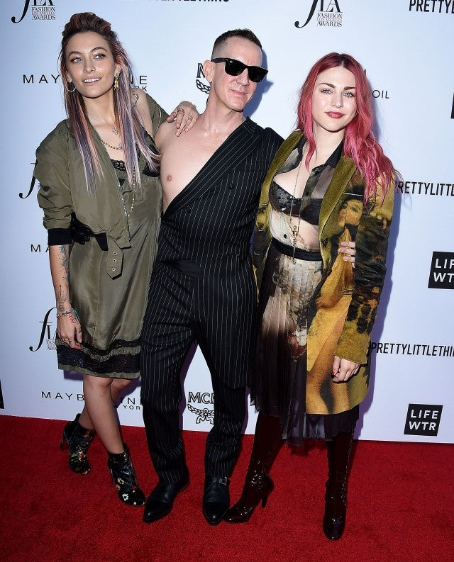 Paris Jackson, Jeremy Scott, Frances Bean Cobain arrives at the The Daily Front Row's 4th Annual Fashion Los Angeles Awards at Beverly Hills Hotel on April 8, 2018 in Beverly Hills, California.