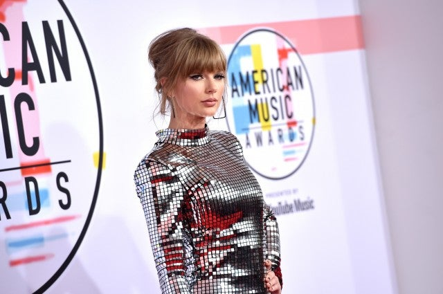 Taylor Swift hair AMAs