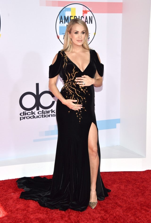 Carrie Underwood 2018 american music awards