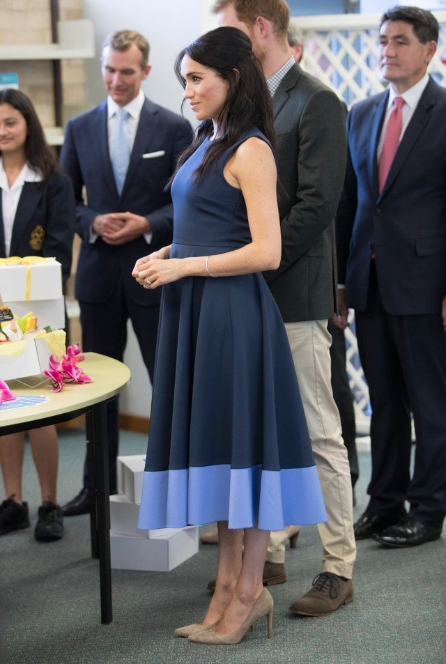 Meghan Markle S Growing Baby Bump Looks Adorable In This