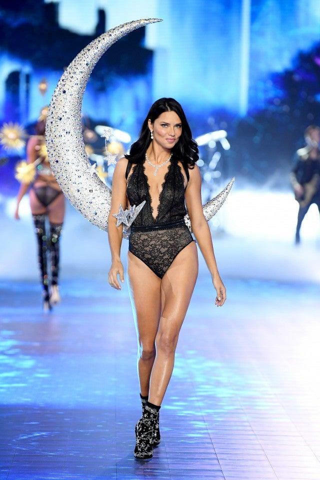 Adriana Lima Victoria's Secret 2018