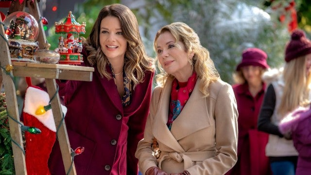 Andrew Walker Snowed Inn Christmas.The Top 24 Holiday Tv Movies To Watch In 2018