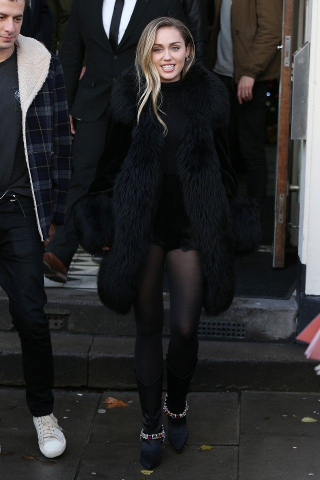 4e71ffffb60a Miley Cyrus' Outfit Is the Cool-Girl Version of a Holiday Party Look ...
