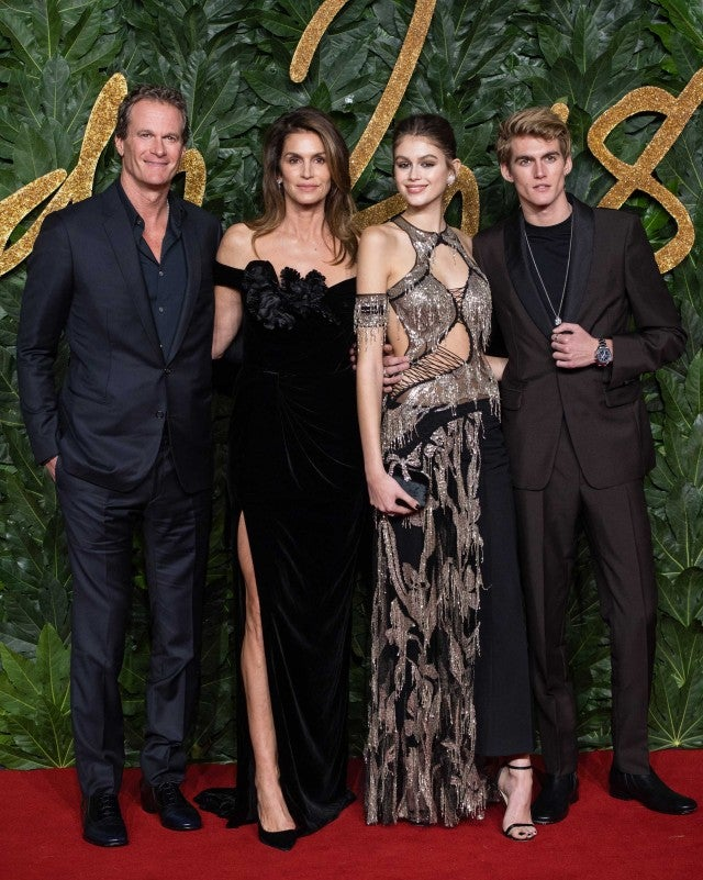 Rande Gerber, Cindy Crawford, Kaia Gerber and Presley Gerber at the 2018 Fashion Awards in London on Dec. 10