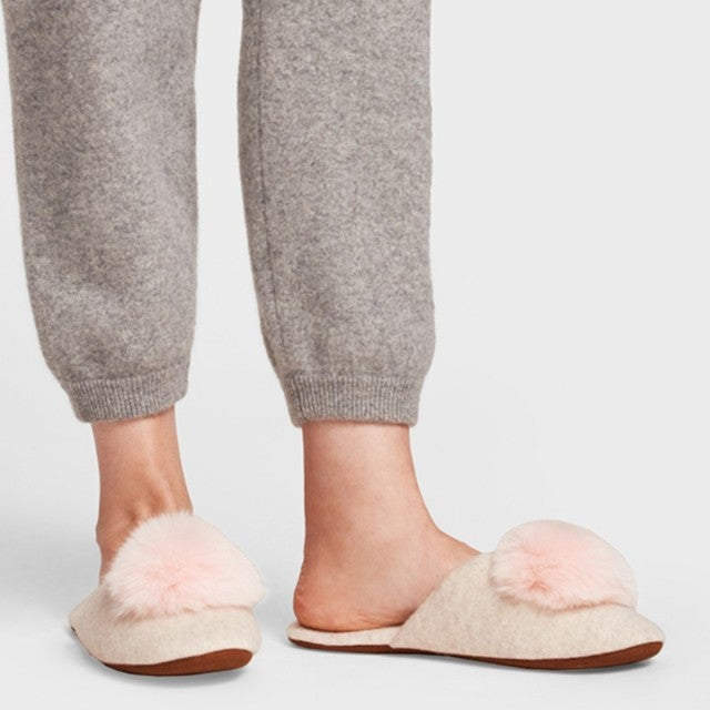 White and Warren pom slipper