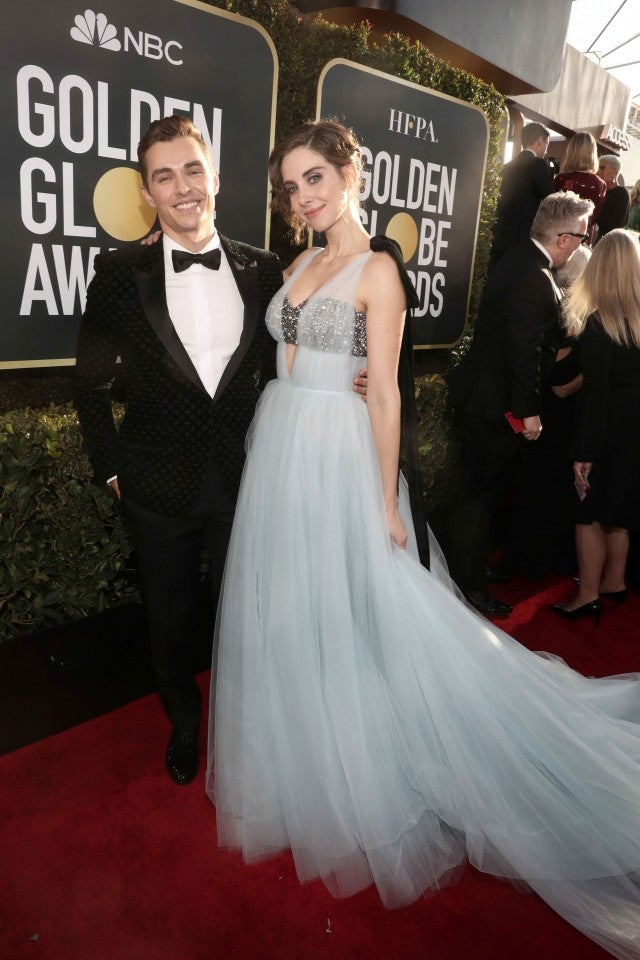 Alison Brie Is A Complete Dream In Blue At The 2019 Golden