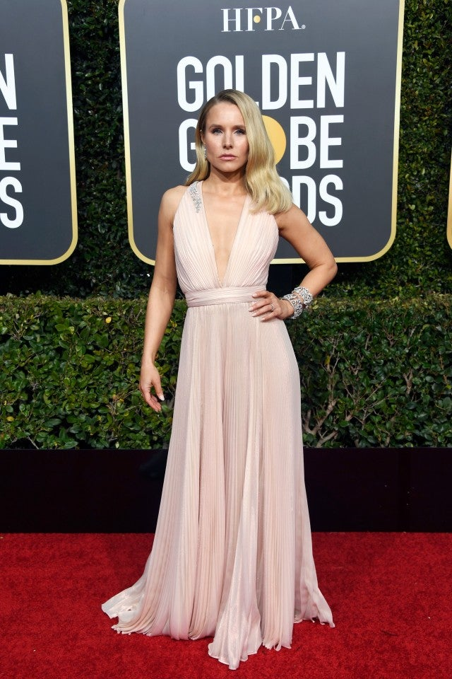 Kristen Bell Is A Vision In Blush At 2019 Golden Globes