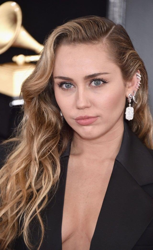 Miley Cyrus Is Sleek in Sexy Black Pantsuit at 2019 ...