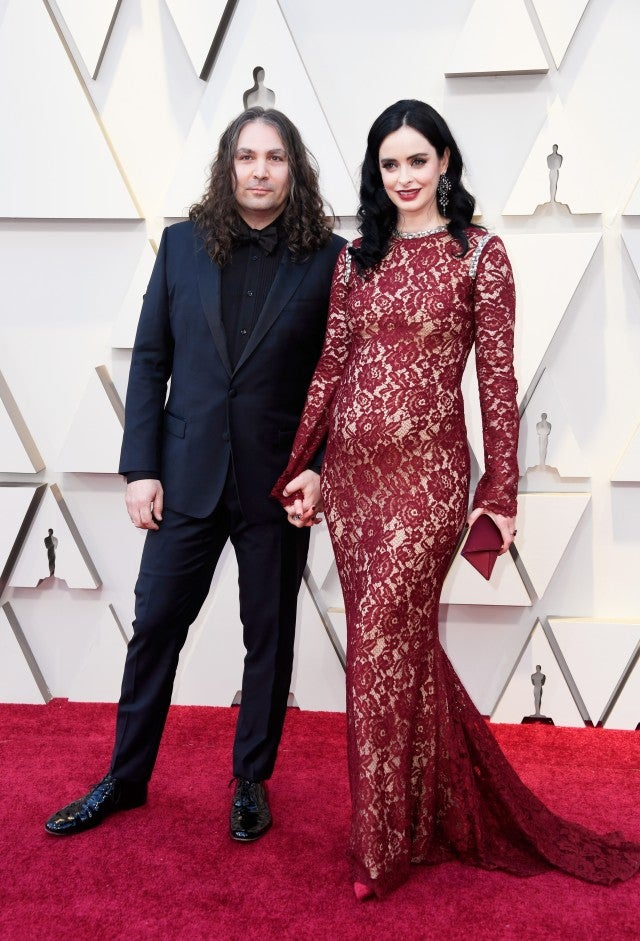 Krysten Ritter Debuts Baby Bump on Oscars 2019 Red Carpet ...