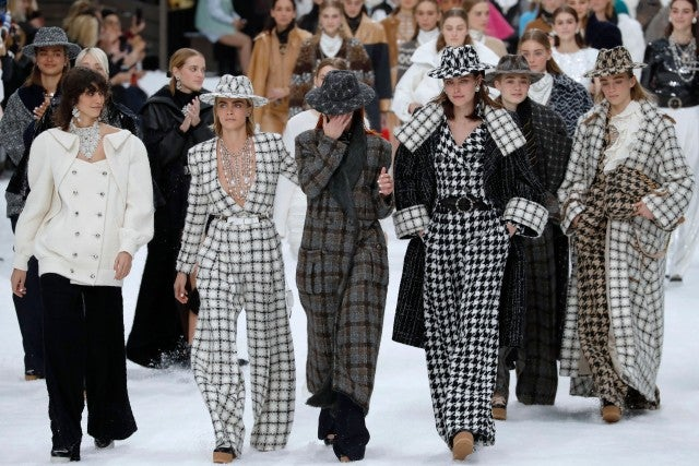 Cara Delevingne and models on Chanel runway